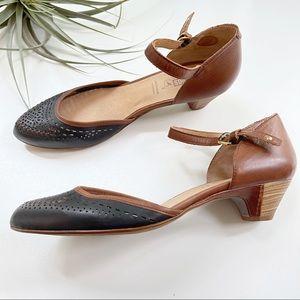 Pikolinos Elba Ankle Strap Heels Like New